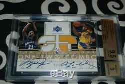 2002-03 Ud Verre @ Kobe Bryant @ Michael Jordan Bgs 9,5 Jersey Gem Mint Auto / 25
